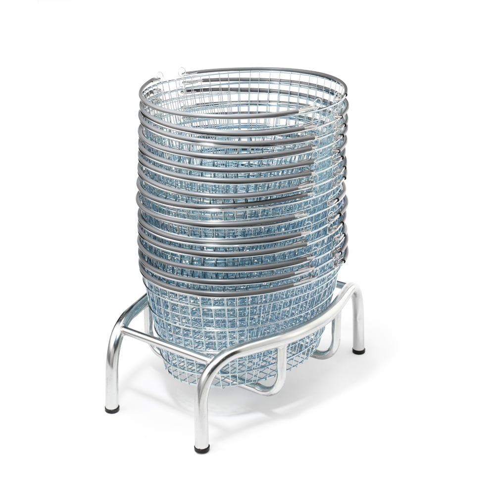 25lt Oval Wire Shopping Basket | PARRS | Workplace Equipment Experts